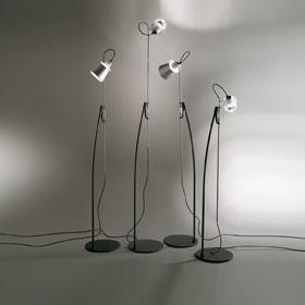 Alfiere lámpara de Pie Base y tija en metal barnizado