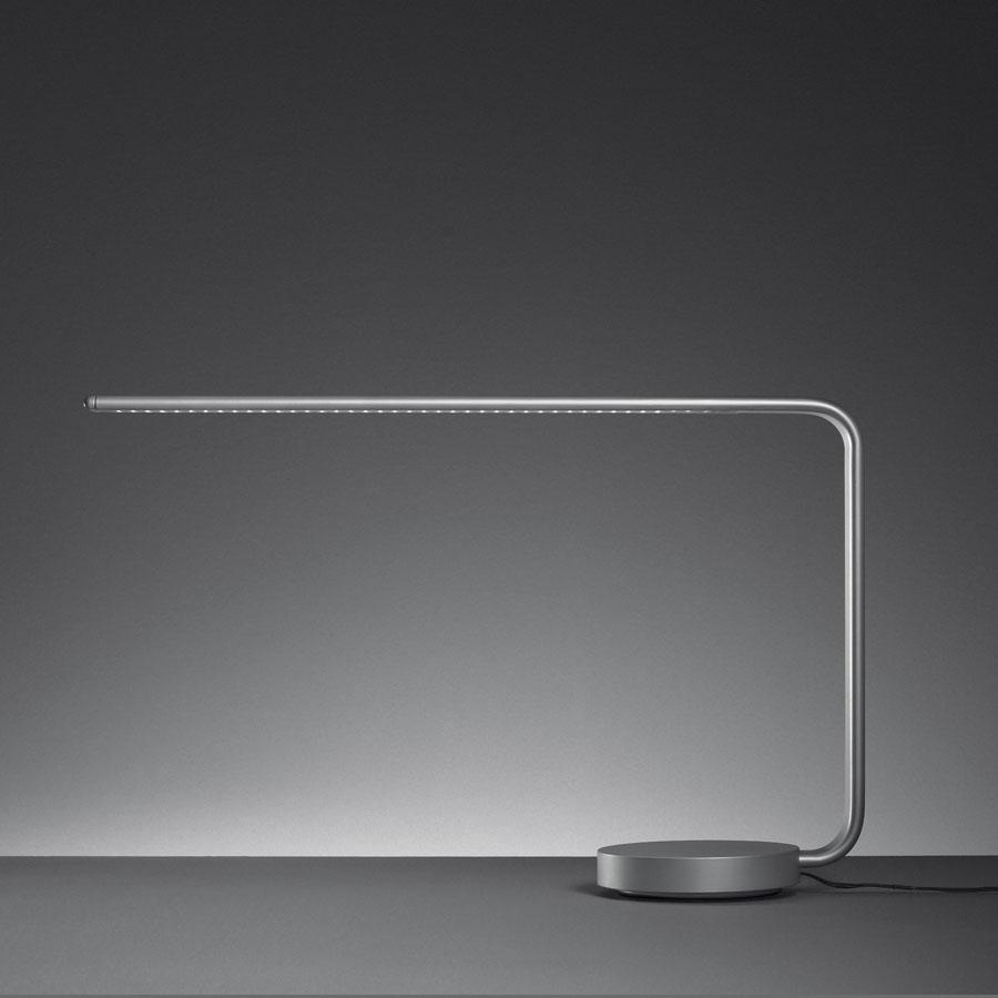One Line Table Lamp LED One Line LED Table Lamp Structure en the Aluminium, lampshade trasparente