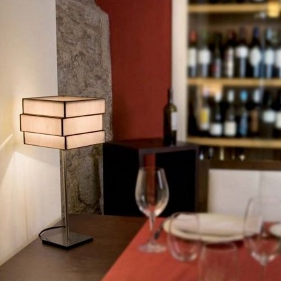 Encaixe Table Lamp