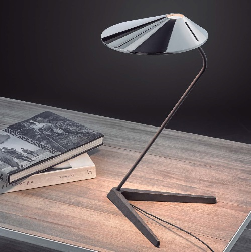 Nón Lá - T Table Lamp 10,5w LED white Lacquered Shiny