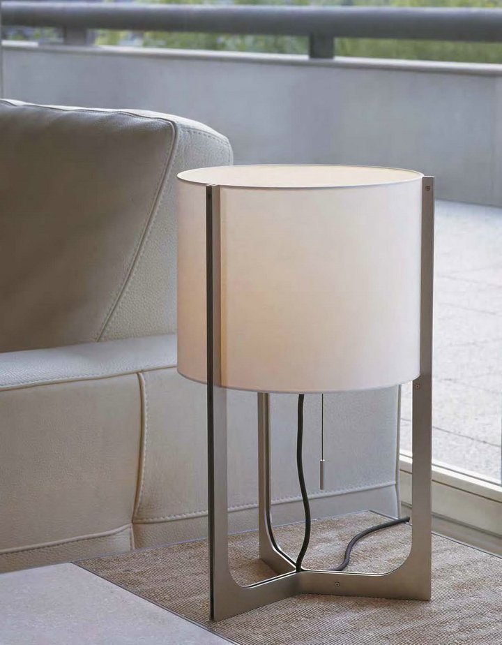 Nirvana Table Lamp ø32cm Ivory lampshade beige