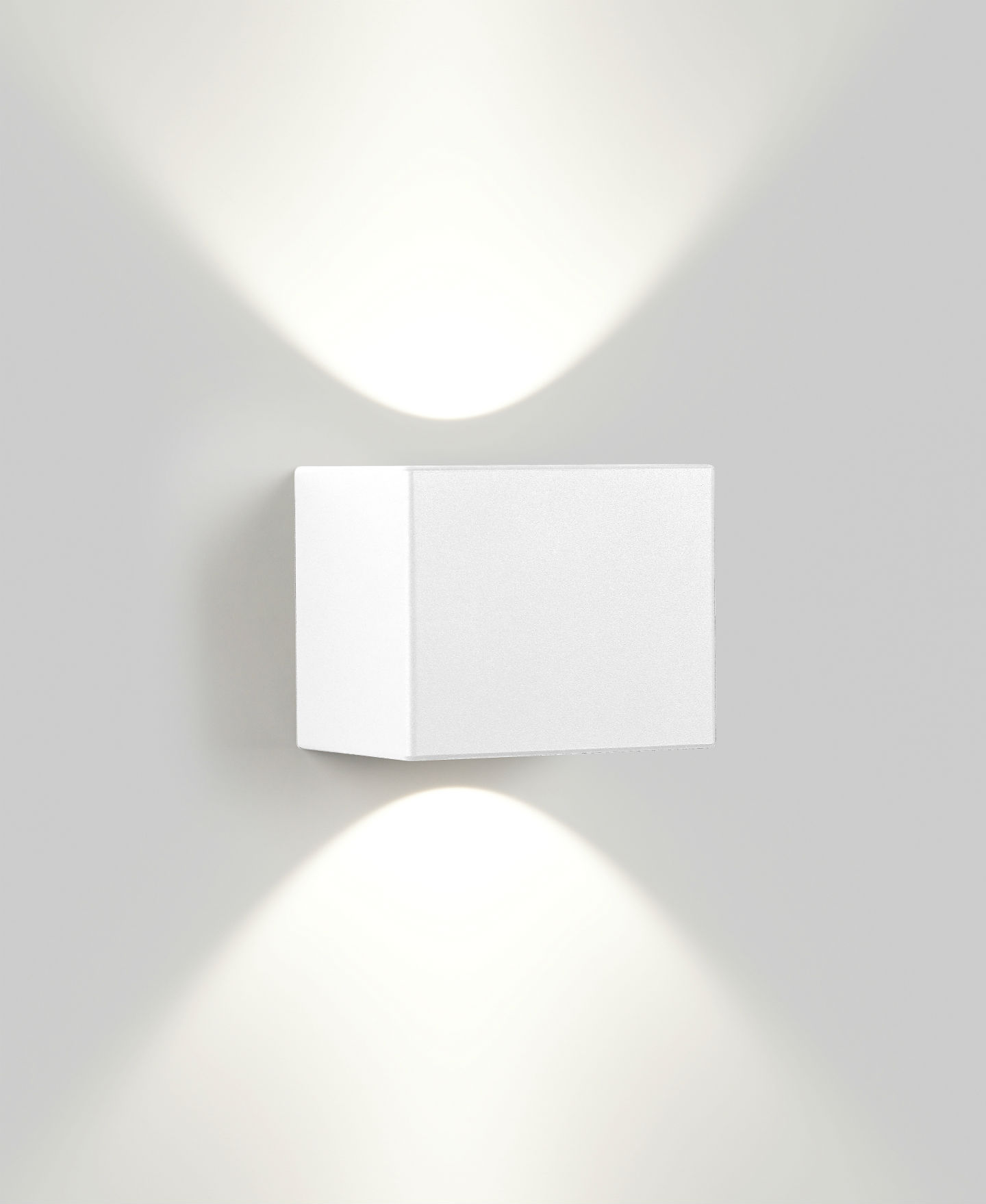 Tiga LED Aplique Doble luz ancha 1x7w 2700K regulable Aluminio
