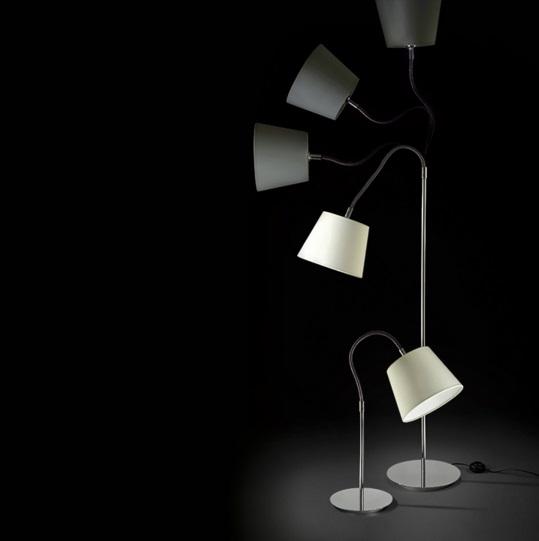 Lia lámpara de Pie Flexo negro_ Algodon