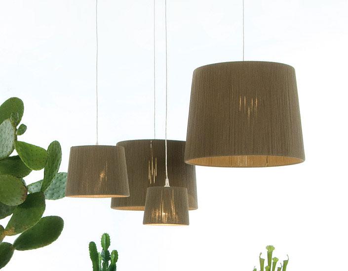 Rafia L lampe von Stehlampe E27 105W lampenschirm rot und Struktur weiß