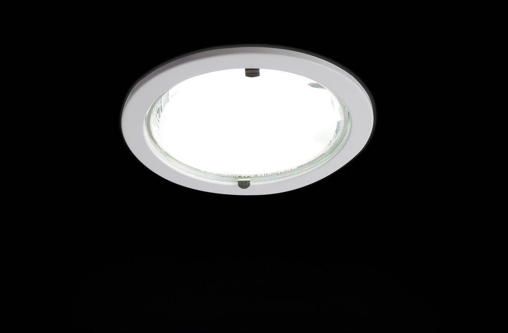 Lux Downlight 2xG24q-3 26w white Electrónico