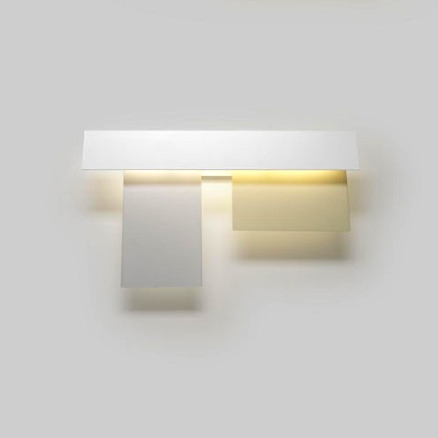 Fields 3 Wall Lamp (39w) white