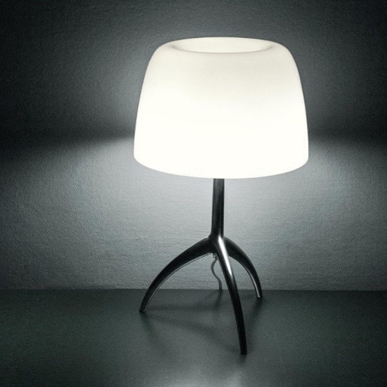 Lumiere Table Lamp pequeño with switch - Structure Chrome Black/lampshade white calido