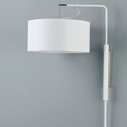 Gru Wall Lamp Small white lampshade 25 white