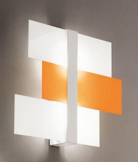 Triad Wall/Ceiling lamp medium White