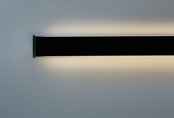 Continua 32 Wall lamp 32cm 2G11 18w Custom