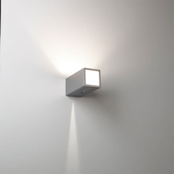 Viga Wall Lamp Grey Silver