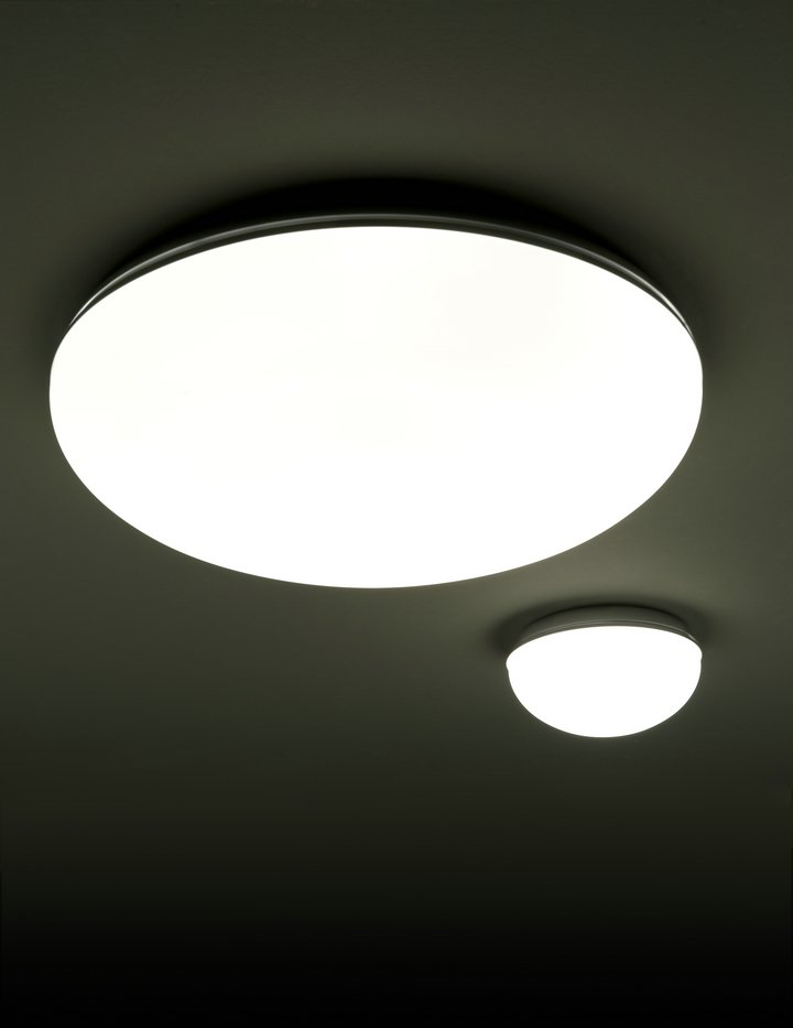 Punto 20 Wall lamp/ceiling lamp Silver