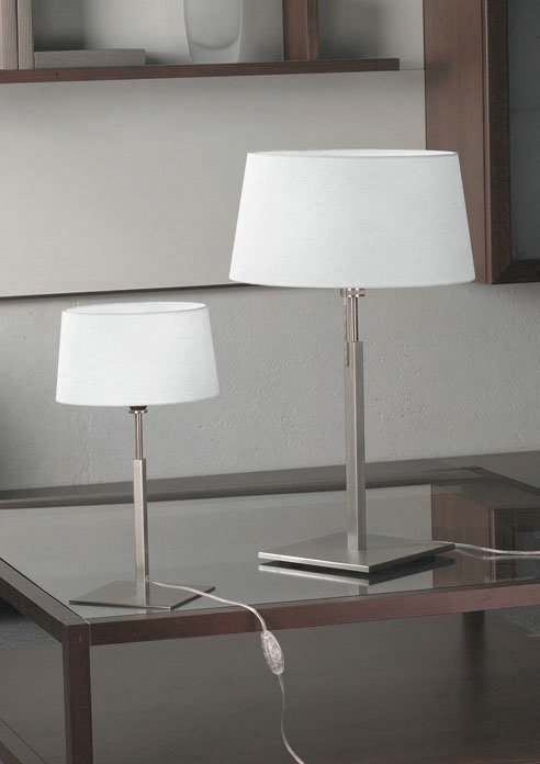 Cala 10 Table Lamp Nickel Satin ø22cm wrinkled fabric white