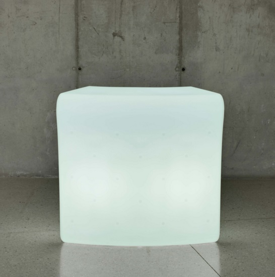 Ibiza 120 table iluminada Outdoor light fría 119x110x59cm
