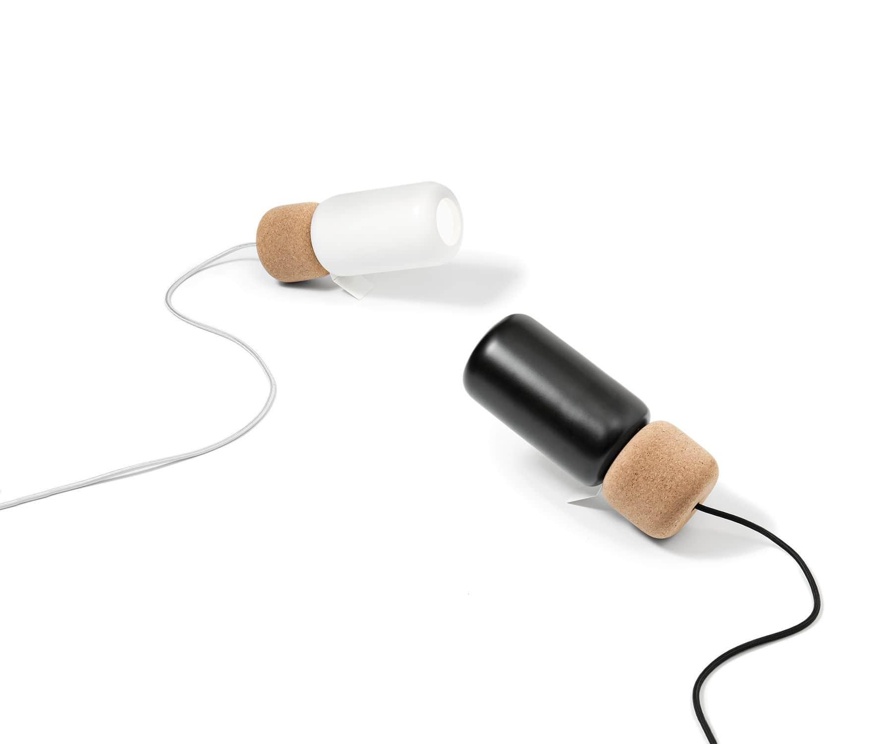 Pila (Accesorio) Clavija Enchufe / Plug Blanco