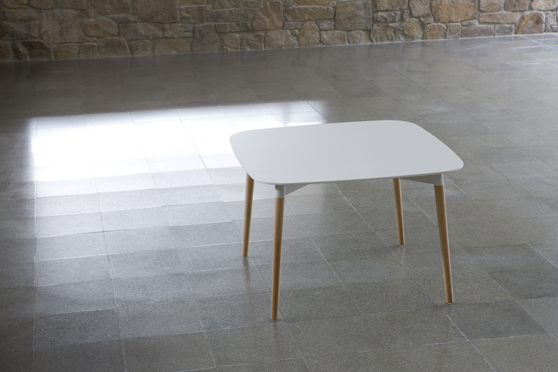 Belloch table square white