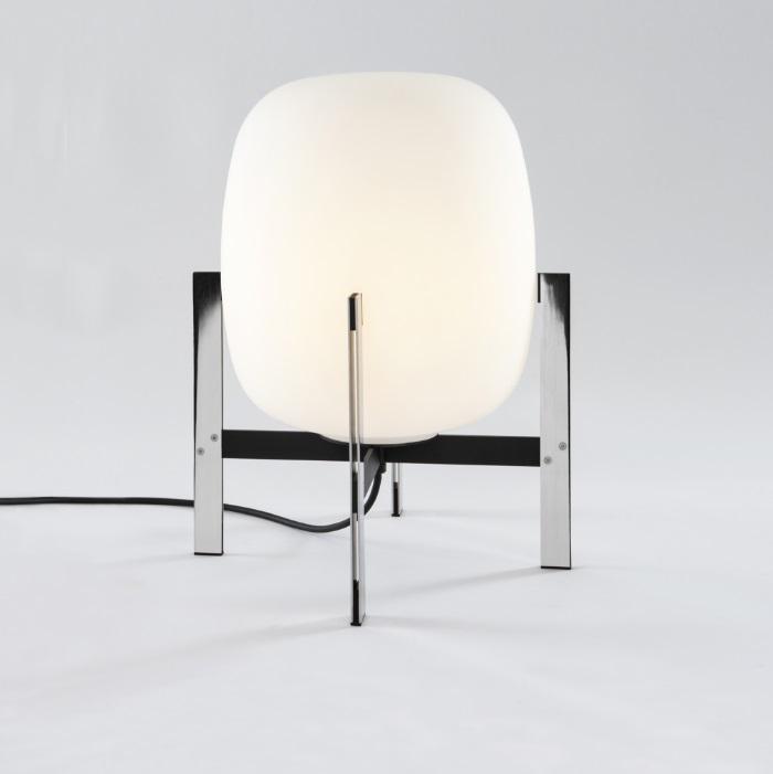 Cestita Metálica Sobremesa LED 6W - Estructura acero Inoxidable pantalla Vidrio blanco opal