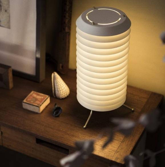 Maija 15 Lampada da tavolo LED 12W - Paralume metálica bianca