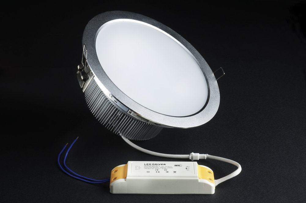 SERIE TG LED Downlight, body Aluminium, óptica opal 2 PIN 18x 18W