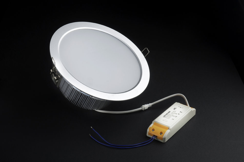 SERIE TG LED Downlight, body Aluminium, óptica opal 2 PIN 20x 20W