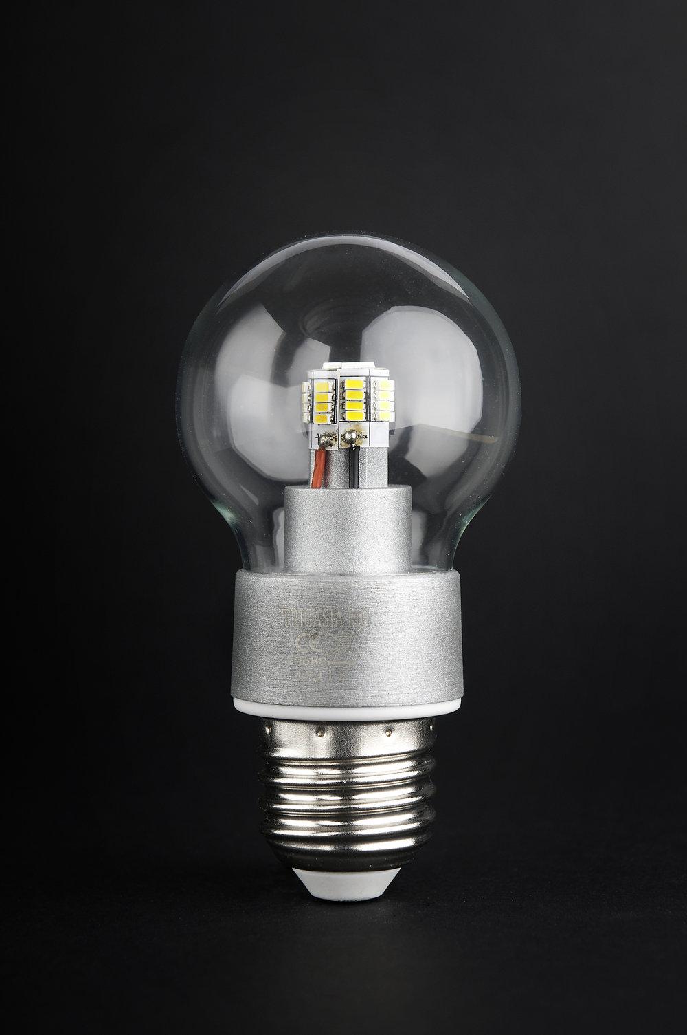 SERIE MG LED Lampadina óptica policarbonate Trasparente E27 36x 4W