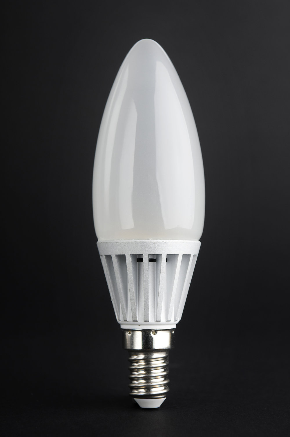 SERIE MG LED Ampoule óptica polycarbonate opale E14 x 4,5W