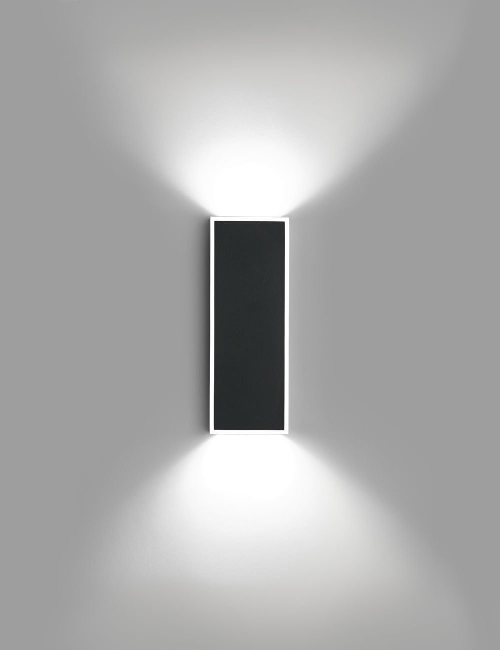 Alpha Wall Lamp rectangular - Lacquered black matt and Chrome