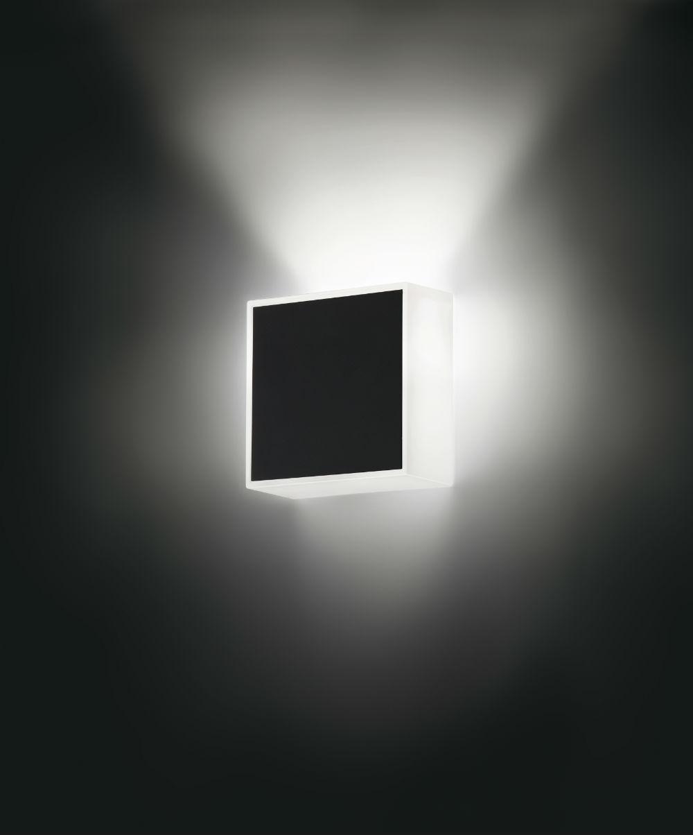 Beta Wall Lamp Square white