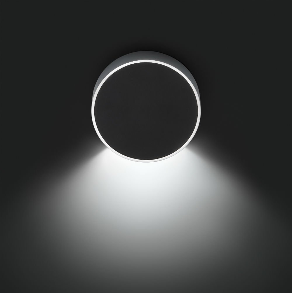 Alpha Wall Lamp Round - Lacquered black matt and Chrome