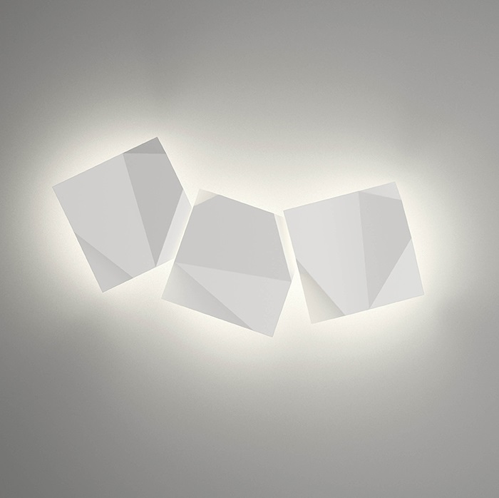 Origami Wall Lamp triple - Lacquered Green Oxido