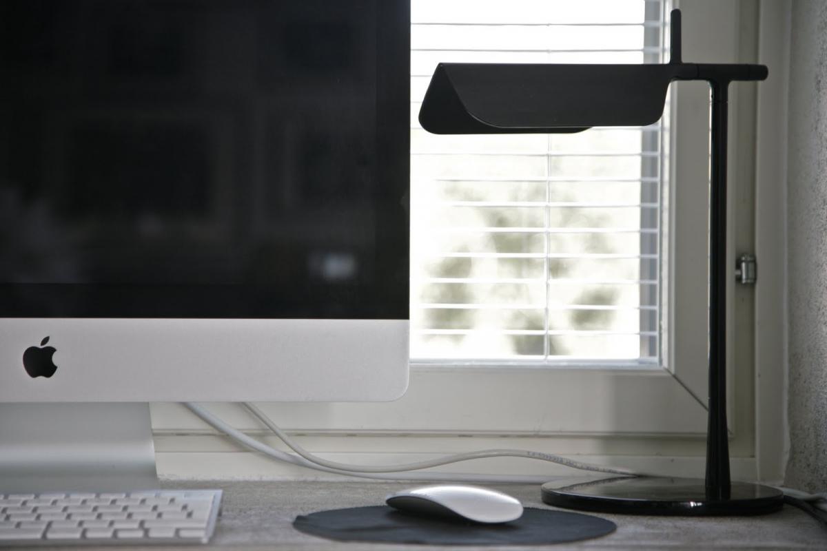 Flos Tab T Led Table Lamp 32 7cm Led 5w Black F6560030