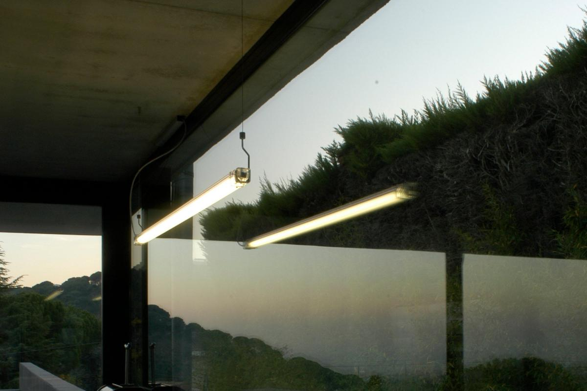Gas Licht Nl : Marset neon licht nl su c m pendelleuchte kabel a lámparas