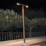 Zenete 400 2 Lamp post metal and wood