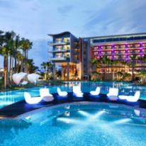 VONDOM decora el gran hotel W Singapore - Sentosa Cove
