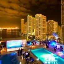 EPIC HOTEL, balance de luz en MIAMI