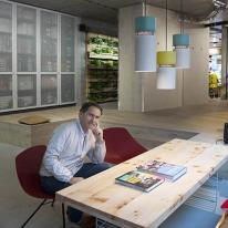La luminaria Aspen de B.lux ilumina la nueva tienda de Bugaboo en Berlín