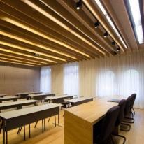 Luz natural y artificial en el Colegio de Ingenieros de Madrid