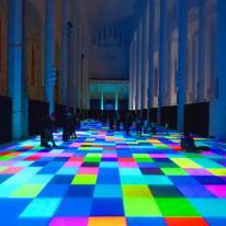 Magic Carpets, un regalo de luces y formas bajo los pies