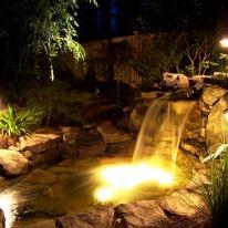 Las estacas como solución para la iluminación exterior