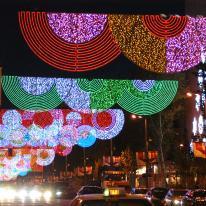 Iluminación navideña, ciudades iluminadas