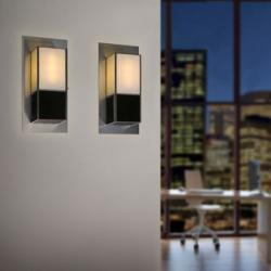Sombras Wall Lamp