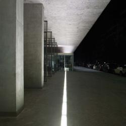 Raso Luminaria Lineal IP67 asimétrico 61cm Vidrio Arenado Fluorescente