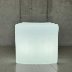 Ibiza 120 table iluminada Outdoor light fría 119x110x59cm