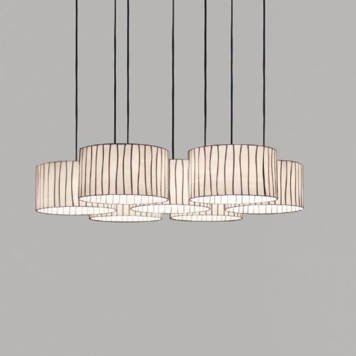 Imagen 1 de Curvas Pendant Lamp siete lampshades unidas 100x250cm 100W