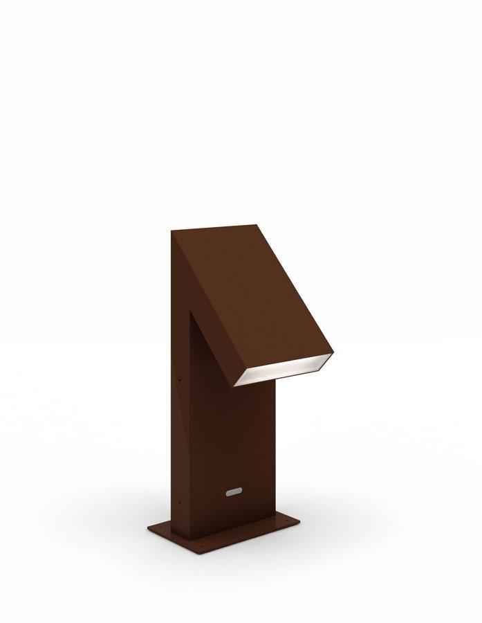 Post lamp