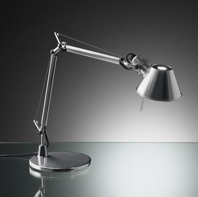 artemide tolomeo micro con pied de lampe de a001300 l mparas de dise o. Black Bedroom Furniture Sets. Home Design Ideas