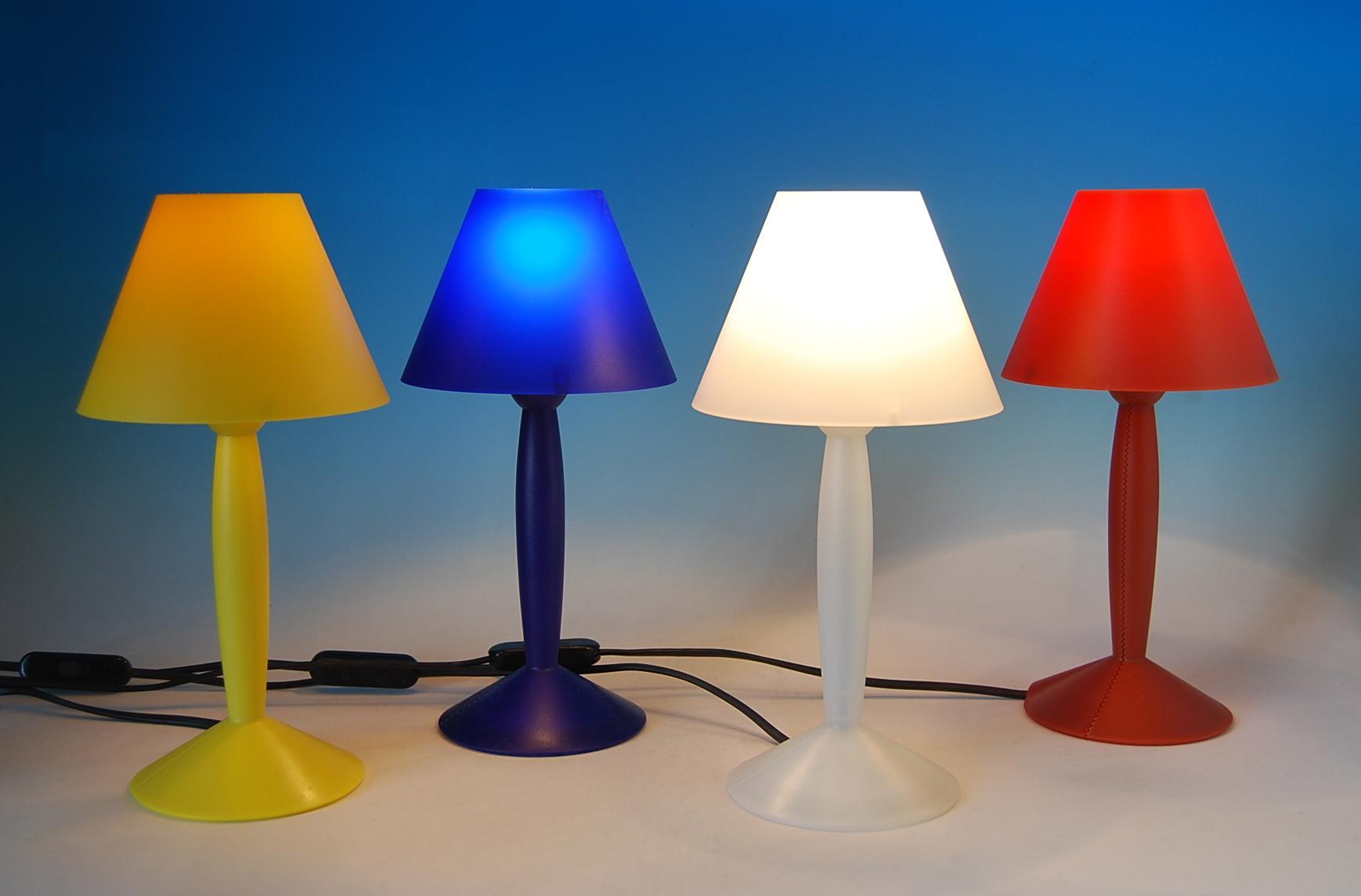 Lampade Da Tavolo Flos : Flos miss sissi lampada da tavolo bianco f lámparas de diseño