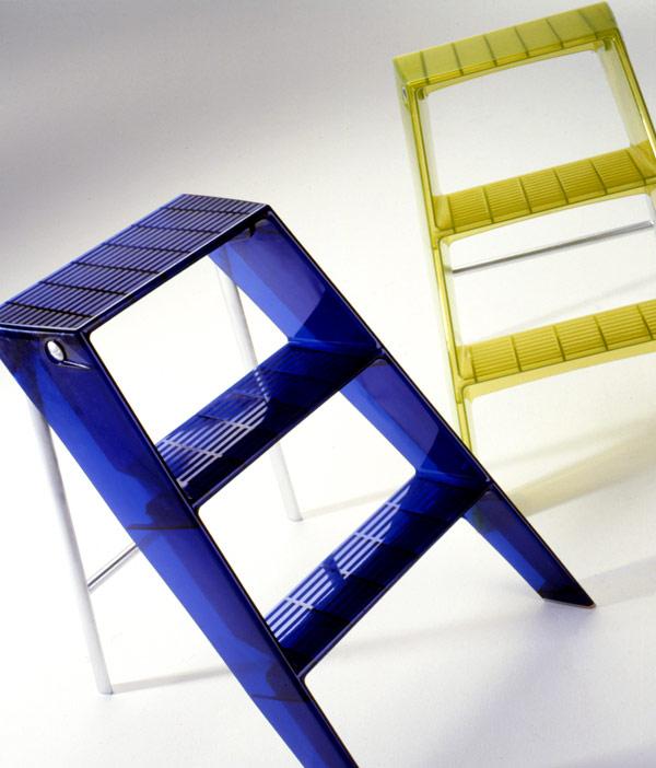 Kartell upper escaleras plegables 7030 l mparas de dise o for Escaleras plegables extensibles