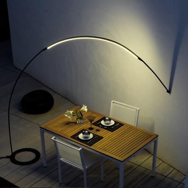 Wall Hugger Floor Lamp : Vibia Halley floor lamp arch base wall black 4155-04